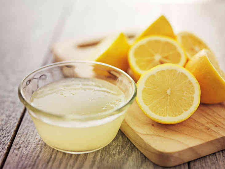 Top 10 Evidence-Based Health Benefits of Lemons