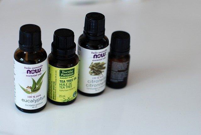 5 Best Herbal Hair Oils For Men In 2021