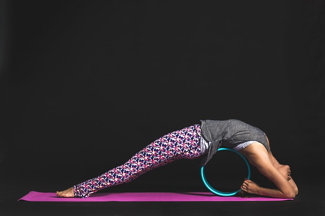 How To Find Best Manduka Yoga Mat For Beginners In 2021?